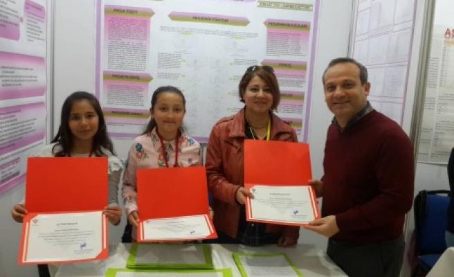 TÜBİTAK Yarışmasında Kahramanmaraş'ın Gururu Oldular