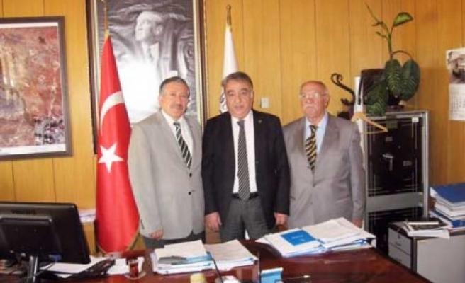 Türk Basın Birliği'nden Büyükşehir Belediyesi'ne Ziyaret