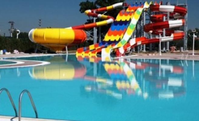 Türkoğlu Aqua Parklı Yüzme Havuzu İnşatı Açılışa Hazırlanıyor