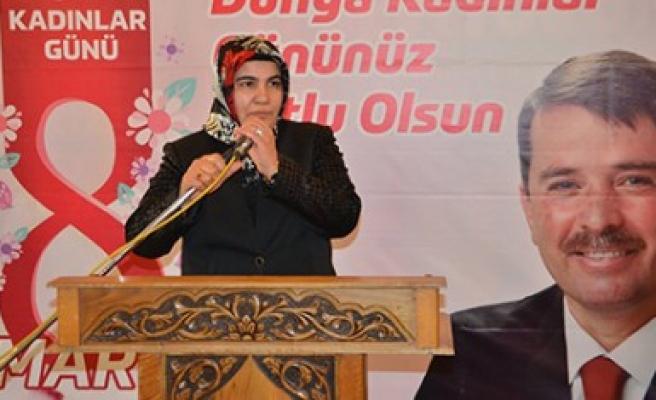 Türkoğlu Belediyesi 'Dünya Kadınlar Günü' Programı Düzenledi