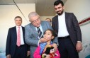 Mahçiçek'ten Çocuk Hastalara Sürpriz Ziyaret