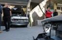 Otomobil Berber Dükkanına Girdi