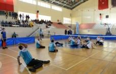 KSÜ'de, Engelliler Gününde 'Oturarak Voleybol' Karşılaşması
