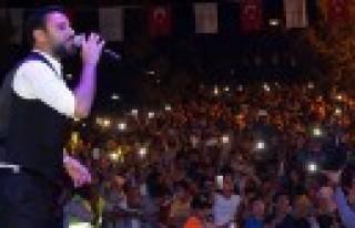 100. Yıl Festivalinde Alişan Geceye Damga Vurdu