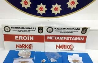 Uyuşturucu Satıcılarına Yönelik Operasyonda 4...