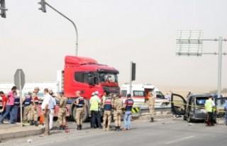 Gaziantep-Narlı Kavşağında Trafik Kazası: 2 Ölü,...