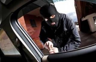 Otomobil Hırsızı Yakalandı