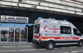 Kolunu Biçerdövere Kaptıran Operatör Yaralandı