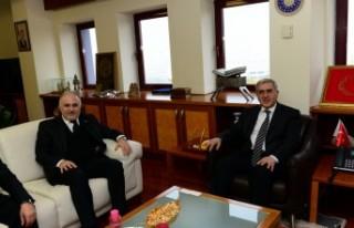 Türk Kızılay Genel Başkanı Kınık, KSÜ Rektörü...