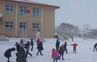Göksun'da Eğitime Kar Tatili