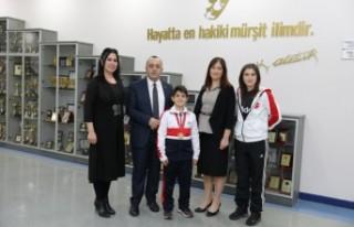 SANKO Okulları Sporcusu Efe Sözmen Teniste Birinci...