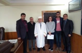 Ukrayna'lı Lıudmyla Müslüman Oldu