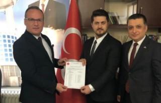 MHP Dulkadiroğlu İlçe Başkanlığına Ömer Emrah...
