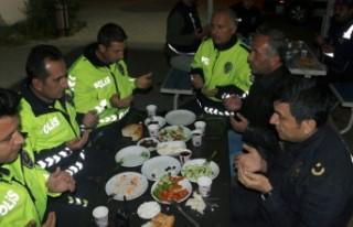 Kahramanmaraş'ta Polisler İlk Sahuru Görevlerinin...