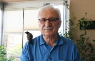 Abdulhakim Eren, Yolda Bulduğu Yavru Kargaya Gözü...