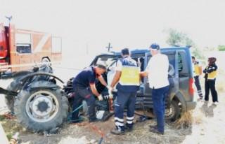 Elbistan'da Feci Kaza 2 Ölü 1 Yaralı