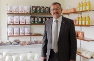 Göksun'da Sosyal Market İhtiyaç Sahibi Vatandaşa...