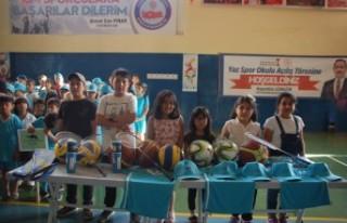 Afşin'de Yaz Spor Okulu Bin Öğrencinin Katılımıyla...