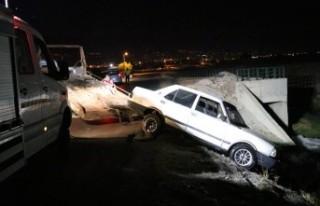 Su Kanalına Otomobil Düştü