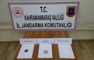 Jandarma'dan Uyuşturucu Denetimi: 4 Gözaltı