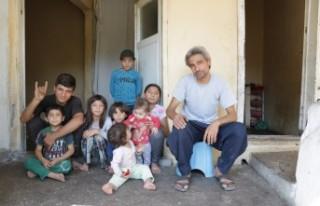 """Türkmen Aile; """"Bizi de Askere Alın"""""""