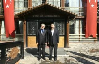 KSÜ Rektörü Can, Elbistan Belediye Başkanını...