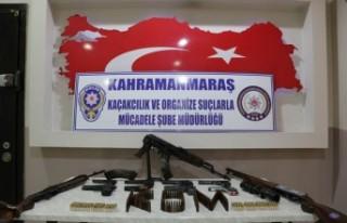 Silah Kaçakçılarına 5 İlde Operasyon: 9 Gözaltı