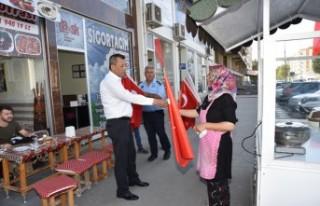 Türkoğlu'nda Barış Pınarı Harekatına Bayraklı...