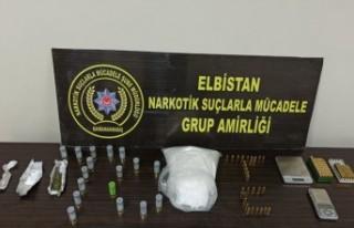 1 Kilo 230 Gram Sentetik Uyuşturucu Ele Geçirildi
