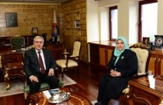 Rektör Can, Kahramanmaraş Milletvekili Öçal'ı...