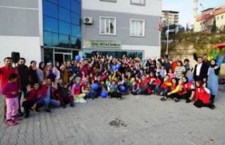 Gönüllü Gençler Gönüllere Dokunuyor
