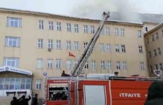 Göksun Meslek Yüksekokulu'nda Yangın Paniği