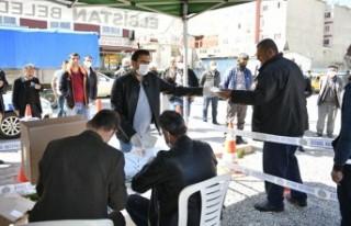 Elbistan Belediyesinden Vatandaşlara Ücretsiz Maske