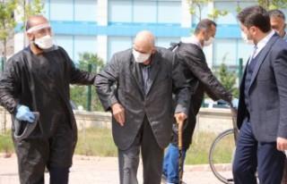 Kahramanmaraş'ta 101 Yaşındaki Ömer Dede Korona...
