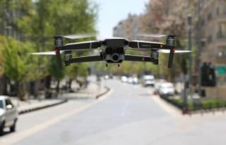 Polis, Boşalan Cadde Ve Sokakları Drone İle Denetlendi