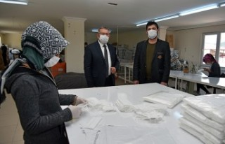 Göksun Tekstil Atölyesinde 10 Bin Adet Meske Üretildi