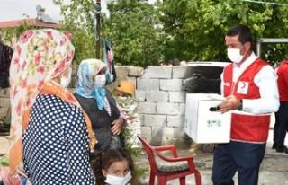 Türkoğlu'nda İhtiyaç Sahibi Ailelere Ramazan...