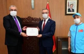 Başkanı Güngör'den, Türkiye Diyanet Vakfı'na...