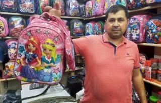 Çantacılar Dört Gözle Okulların Açılmasını...