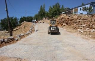 Karaçar'da Yol Çalışmaları Devam Ediyor