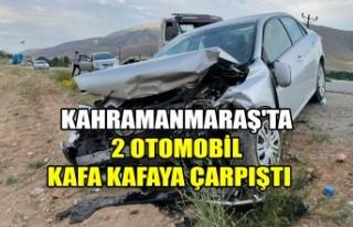 2 Otomobil Kafa Kafaya Çarpıştı
