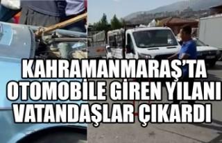 Kahramanmaraş'ta Otomobile Giren Yılanı Vatandaşlar...