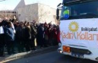 8 Tirlik İnsani Yardim Malzemesi Dualarla Suriye'ye...