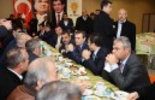 Bakan Ünal, Elbistan İlçe Teşkilatı'nı Ankara'da...
