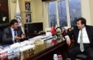 Başkan Erkoç Ekinözü'nde