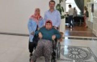 Başkan Okumuş'tan Engelli Vatandaşlara Tekerlekli...