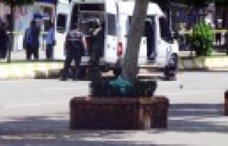 Bomba Sanılan Poşetten Çocuk Bezi Çıktı
