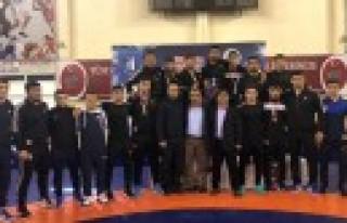Büyükşehir Güreş Takımı Türkiye Şampiyonu