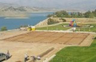 Büyükşehir'den Menzelet'e Spor Tesisi