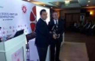 Büyükşehir'e 'Yaşlı Dostu' Ödülü